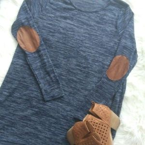 Over sized navy suede elbow patch top